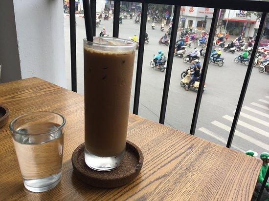 Kone Cafe: 渋滞を見ながら…