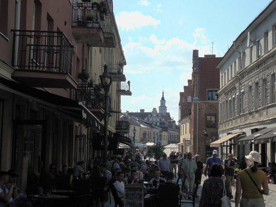 Старый город Каунас: Жизнь бурлит