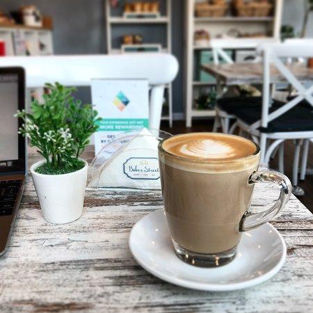 Baker Street Cafe Latte