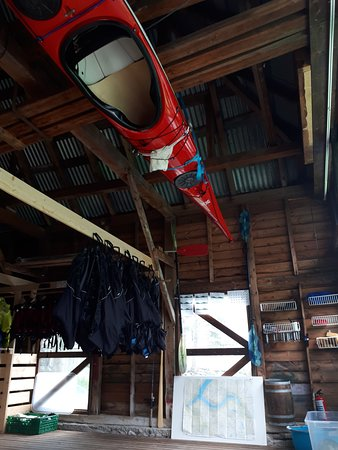 Geiranger Adventure: Kayak office on Notanauste
