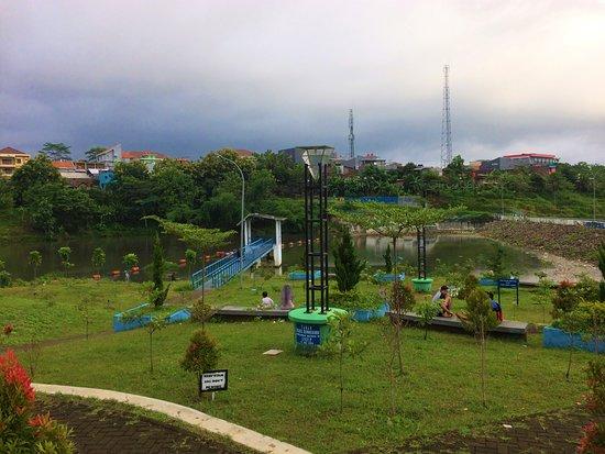 Waduk Universitas Diponegoro: Public Area