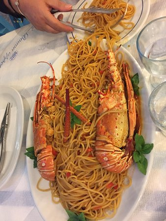 Captain's Corner Taverna: Mega spaghetti con ARAGOSTA
