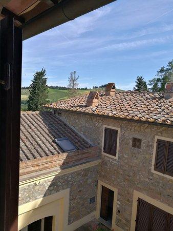 Barberino Val d'Elsa, Italy: IMG_20180624_091509_large.jpg