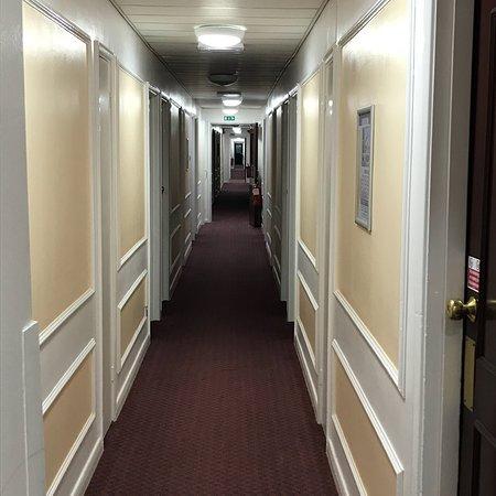 Russ Hill Hotel ภาพถ่าย