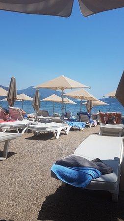 Maris Beach Hotel照片