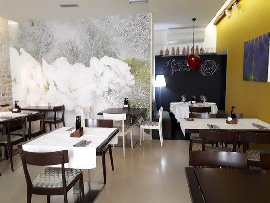 Restaurant Apetit: detalle de uno de los comedores