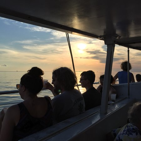Zdjęcie Key West Sunset Sail with Champagne, Hors D'oeuvres and Full Bar