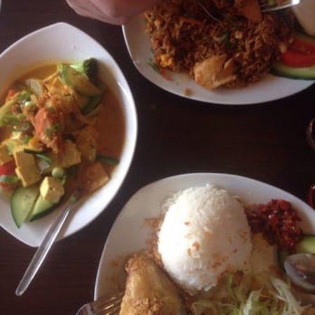 Mabuhay - Indonesian Restaurant: Mabuhay