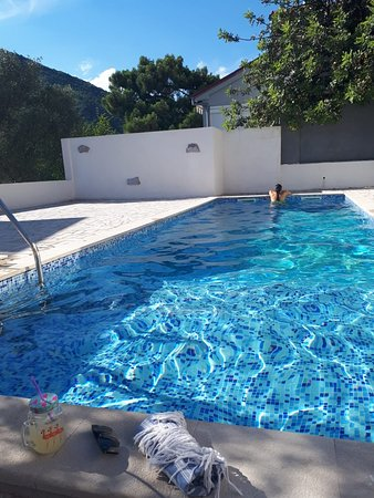 Tale House Montenegro: Peaceful swimming