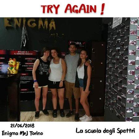 """Enigma Mr. J Escape Room: TRY AGAIN!! della stanza  """"LA SCUOLA DEGLI SPETTRI""""!"""