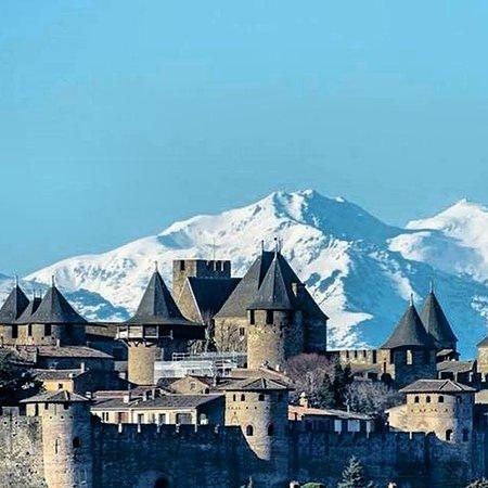 Caunes-Minervois, France: Carcassonne La Cite minutes away from us in Caunes Minervois.