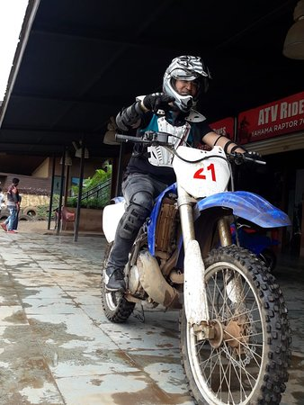 Della Adventure Park: Dirt bike Yamaha