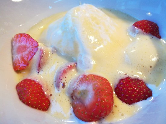 06232018 - Plat du Jour - Sabayon with vanilla ice and strawberries