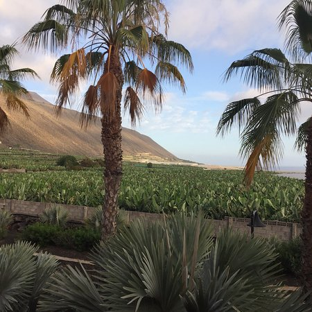La Palma & Teneguía Princess Vital & Fitness: Views around the perimeter walk