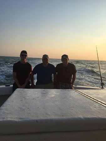 Fish Hook Charters: The ride out