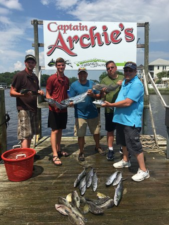 Fish Hook Charters: Great day for everyone