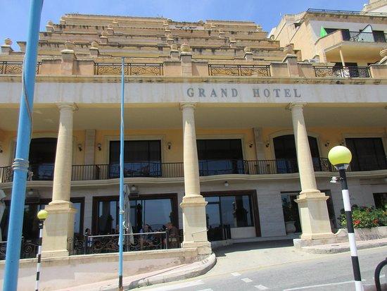 Grand Hotel Gozo: Hoteleingang