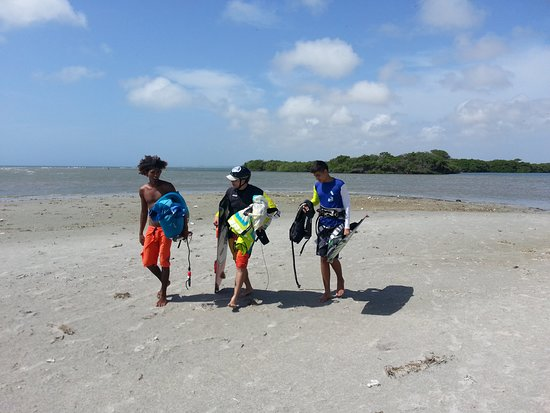 Kiteboarding Club El Yaque: School