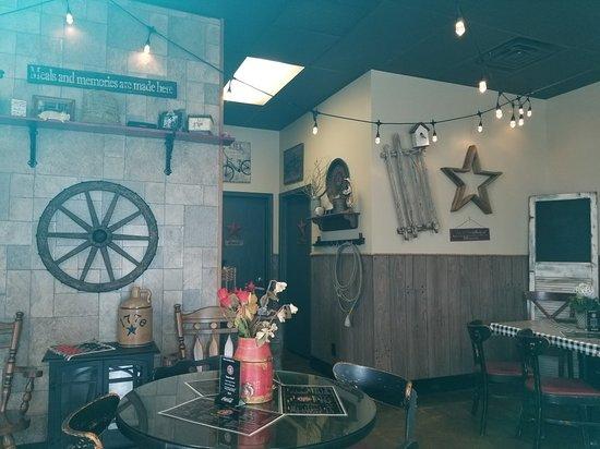 Big Papa S Barbecue Rockford Restaurant Reviews Phone