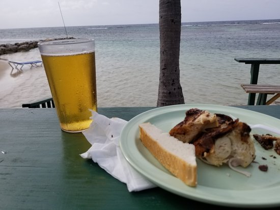Holiday Inn Resort Montego Bay: view from jerk chicken hut