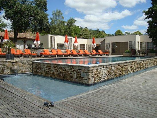 Courban, France: la piscine