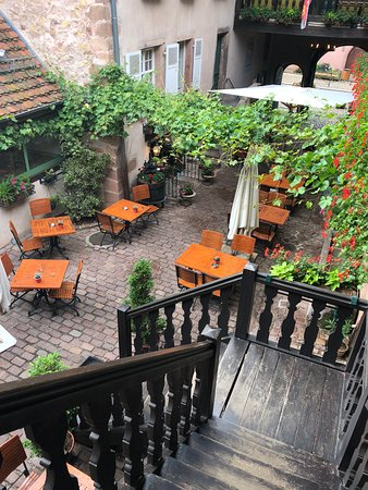 LA COUR DU BAILLI RESIDENCE HOTELIERE (Bergheim, France - Alsace ...