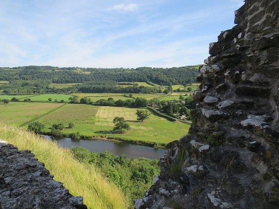 Dryslwyn Castle: Beautiful Welsh countryside