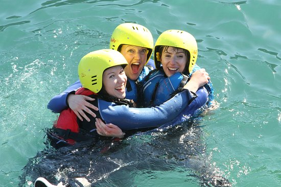 Coasteering in Salcombe with Adventure South