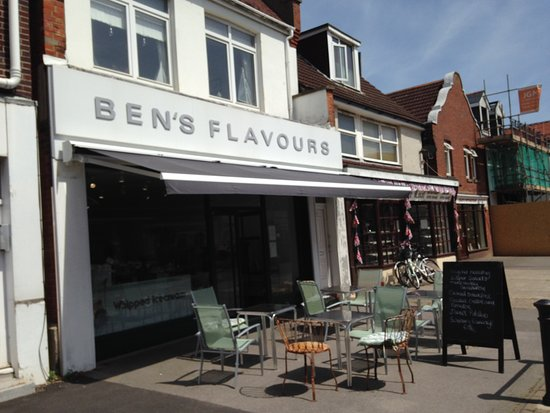 Ben's Flavours: Frontage/outside seating