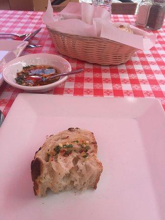 Hosteria Romana: Nice crusty Italian bread with a tasty olive oil blend.