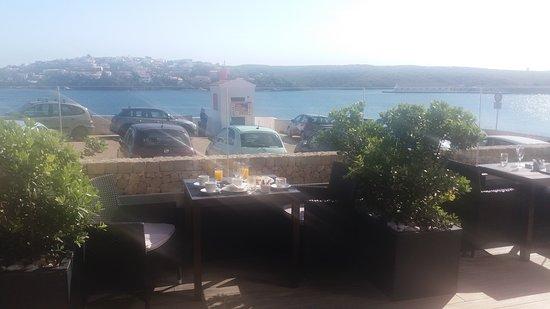 Barcelo Hamilton Menorca: Vista de la terraza del comedor