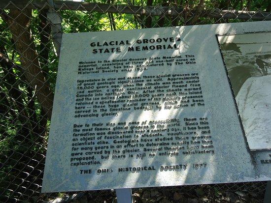 Kelleys Island, OH: Glacial Grooves State Memorial