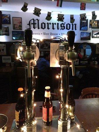 MORRISON Cervecería Beer House Whiskey Bar: Cerveceria MORRISON, Marques de Casa Valdes 7, Gijon, Asturias