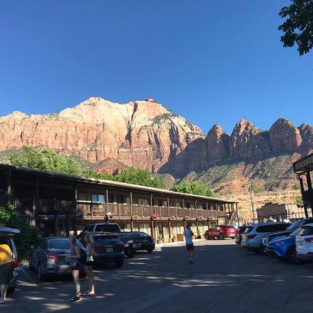 Historic Pioneer Lodge: photo1.jpg