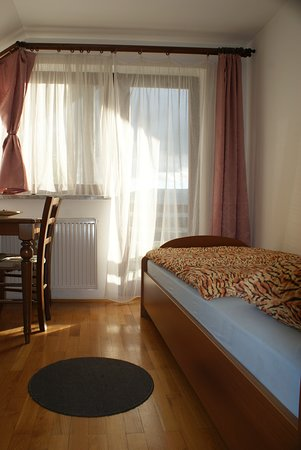Vinica, Slovenia: Apartment #1 Room #1 with private bathroom