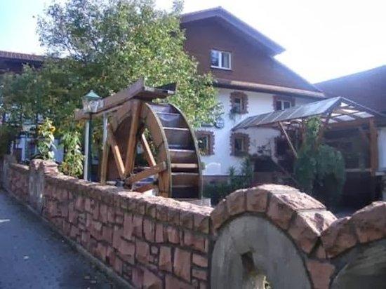 Moerlenbach, Alemanha: Zur Muehle