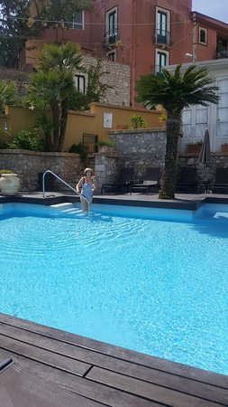 Hotel Villa Carlotta: Small, quiet but beautiful pool