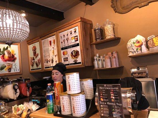 Amorino Malta: Стойка кафе