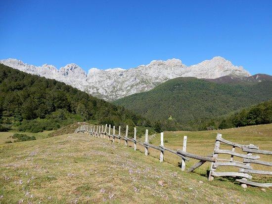 Oseja de Sajambre, สเปน: getlstd_property_photo