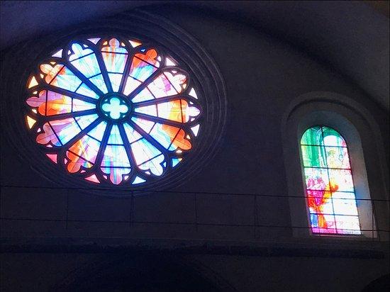 Cathédrale Saint-Étienne: Stained glass 4
