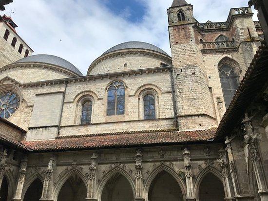 Cathédrale Saint-Étienne: Cloisters 3