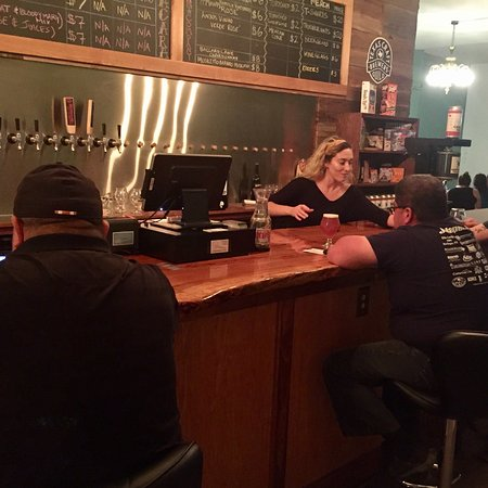 Lockhart, Teksas: Caracara Brewing Company