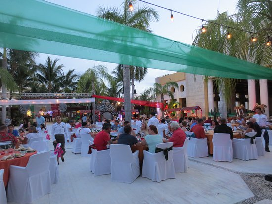Excellence Playa Mujeres: Mexican Fiesta