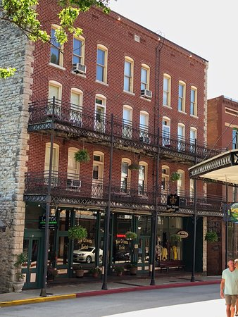 The New Orleans Hotel - UPDATED 2018 Prices & Reviews (Eureka Springs, AR) - TripAdvisor