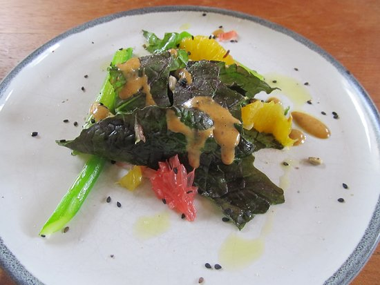 Prudencia: Intermezzo salad btw entree and dessert