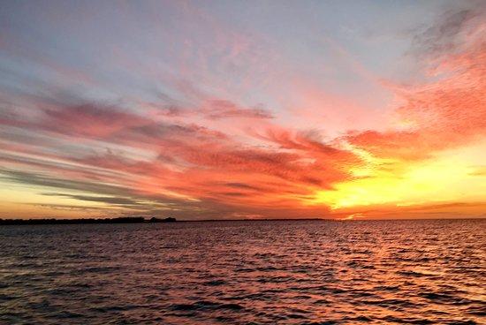 Hervey Bay Sunset Cruise: Sunset
