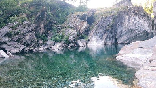 Vogorno, Schweiz: IMG-20180623-WA0086_large.jpg
