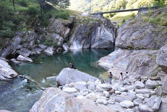 Vogorno, Schweiz: DSC_0075_large.jpg