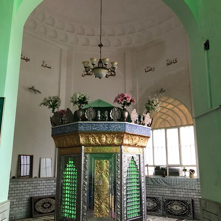 Dezful, Iran: Hezqil prophet Shrine  This Holy place is visited by Muslims and Christians and Jews  It shows t