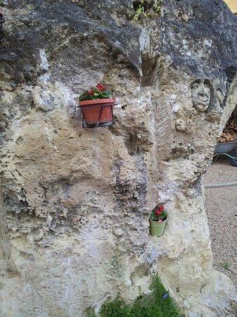 Rou-Marson, France: Cherchez bien et vous trouverez !